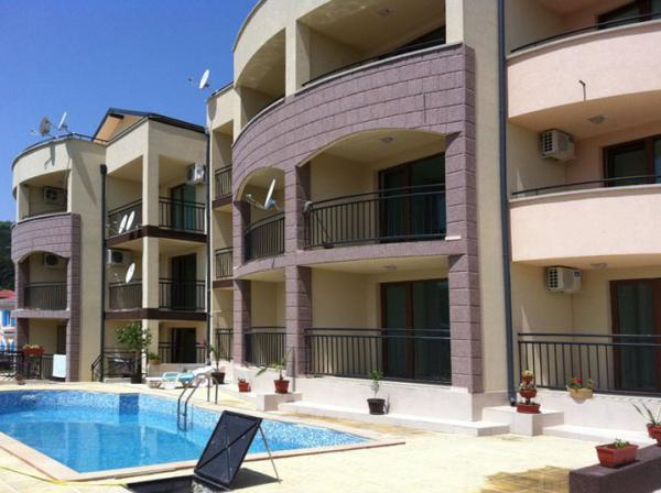 Luxurious apartment with a sea view in B... / 1555,  Balchik, Bugarska