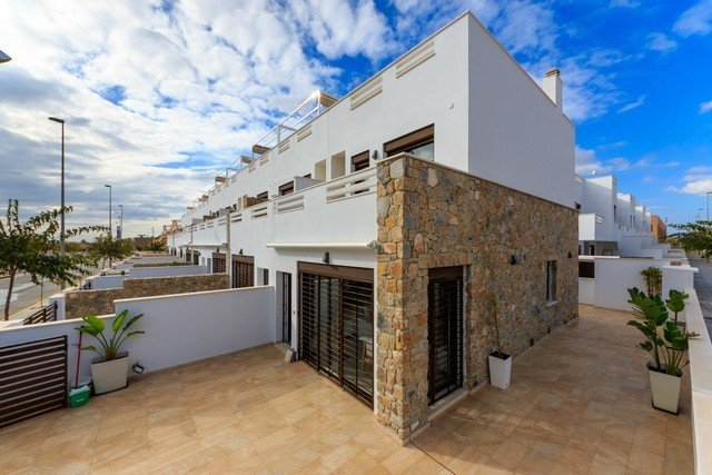 Two-family house for sale Torrevieja/Alicante (Cos,  Torrevieja, Španjolska