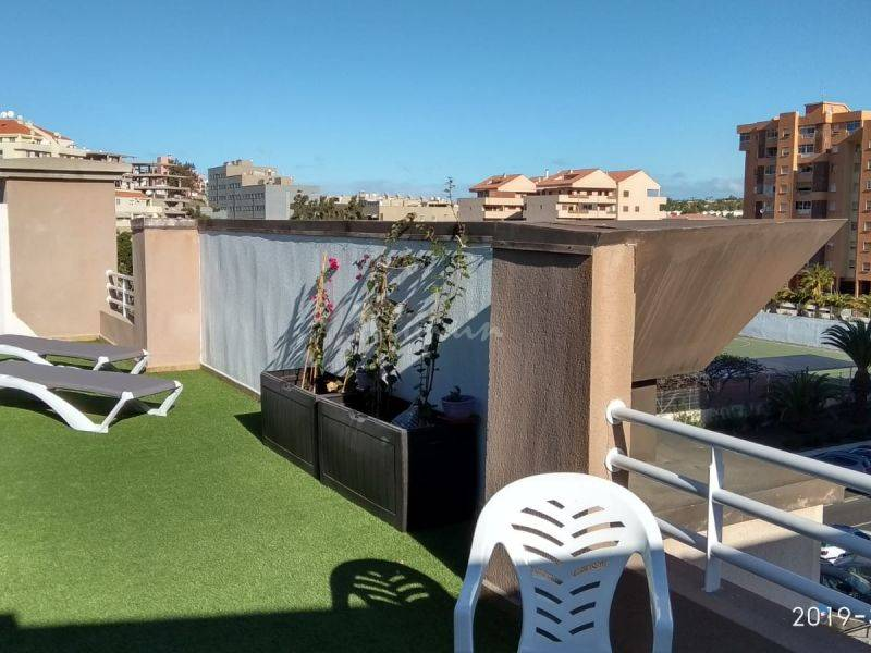 2 Bedroom Penthouse Apartment For Sale In Los Cris,  Los Cristianos, España