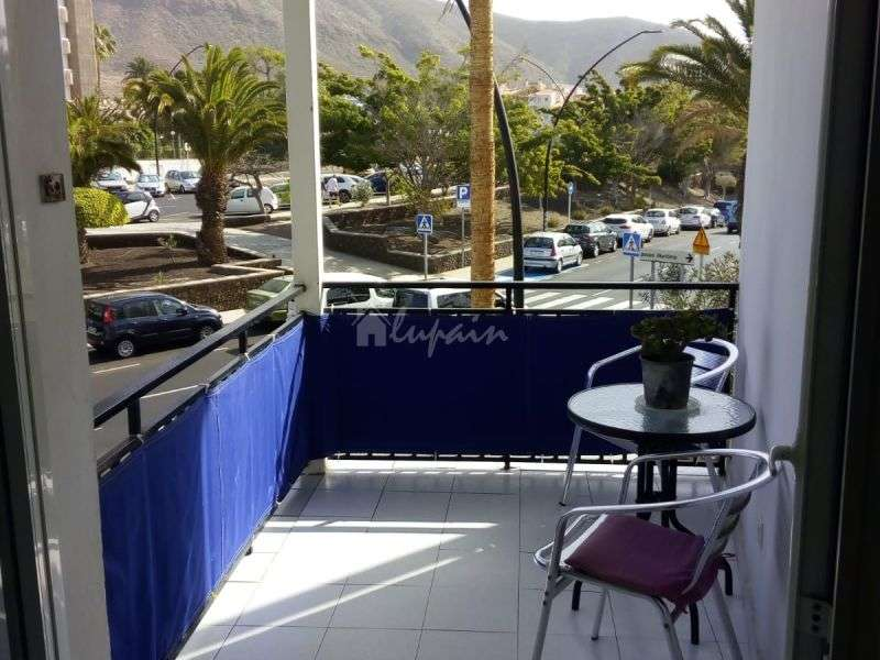 1 Bedroom Apartment in Rosamar Complex For Sale In,  Los Cristianos, Španjolska