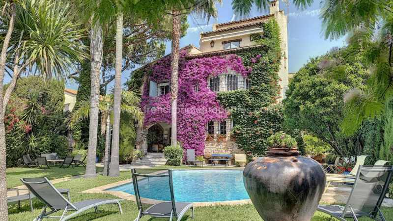 Sale Villa - Antibes / 5899vm,  Antibes, France