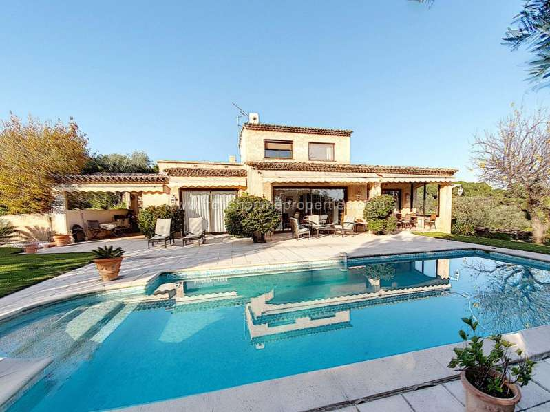 4 Bedrooms - Villa - Alpes-Maritimes - For Sale /, 06600 Antibes, France