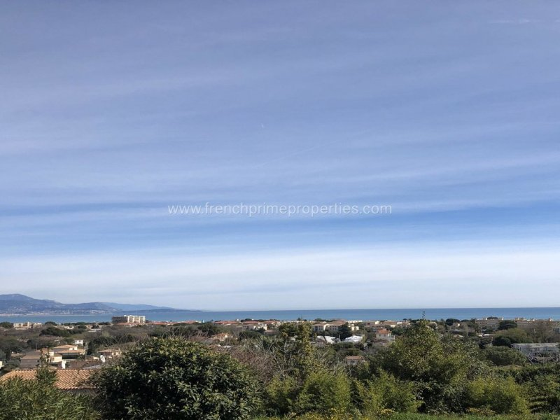 Sale Villa - Antibes / 4314,  Antibes, France