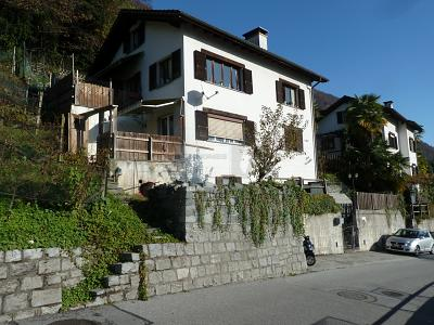 CONVENIENTE CASA IN COLLINA CON BELLA VISTA, 6597 Agarone, Ελβετία