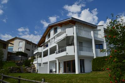 TRAUMLAGE MIT PRIVATEM SPA, 7017 Flims Dorf, Švicarska