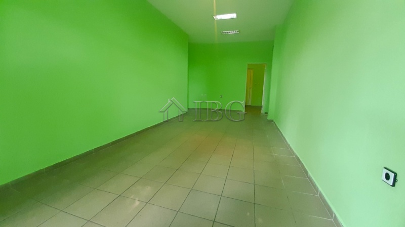 45 sq. m. shop/offIce on the ground floor In WIde,  Ruse, Bulgária