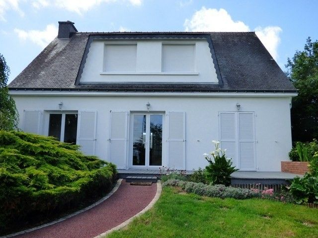 Lovely Detached, traditional, 4 bedroomed / 684, 56300 Saint-Thuriau, France