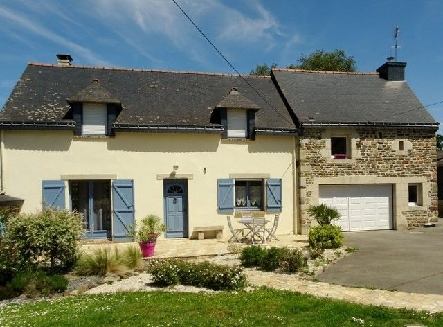 Beautiful detached traditional stone cottage situa, 56490 Mohon, France